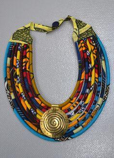 collier style africain en tissu wax : Collier par banba-locky