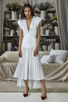 Pretty in Pleats: Kh