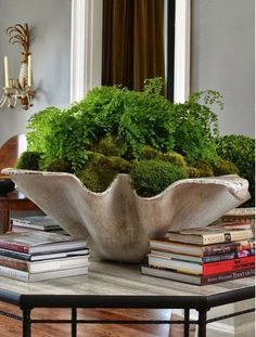 1.5 cubic feet - This natural moss is a thick, coarse looking moss and is the rich green color found in nature. Use to accent dried or silk plants and flowers…p
