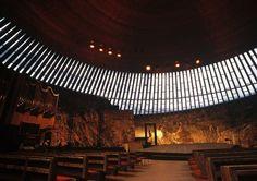 ヘルシンキ テンペリアウキオ教会 | 世界 > ヨーロッパの写真 | GANREF