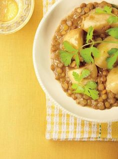 Ricardo& recipes: Lentil and Potato Curry Lentil Recipes, Curry Recipes, Vegetable Recipes, Vegetarian Recipes, Healthy Recipes, Healthy Options, Indian Food Recipes, Asian Recipes, Ethnic Recipes