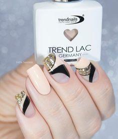 Сегодня у меня дизайн, сделанный из гель-лаков от @trendnails.ru ru 👍 Кто не видел мой предыдущий дизайн с ними, я повторюсь, это продукция… Glitter Nails, Fun Nails, City Nails, Nail Bar, Acrylic Nails, Manicure, Nail Polish, Wedding Rings, Engagement Rings