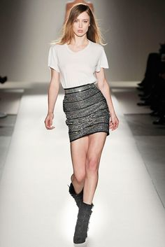 Balmain Fall 2009 Ready-to-Wear Fashion Show - Raquel Zimmermann