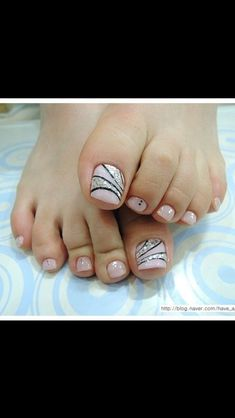 Pink black and silver pedi, toe nail art design