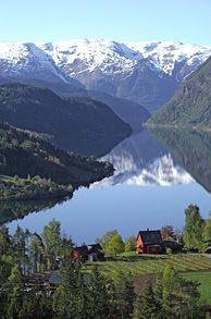 ღღ Ulvik in Hardanger, Norway - Photo: Olav Hauge R.Kager