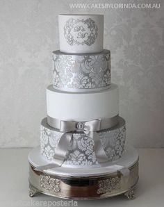 2-damask-cake-stencils-for-wedding-cakes-plantillas-para-tarta-de-fondant