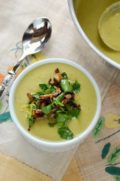 Asparagus Leek Soup from @Karista's Kitchen - yum!