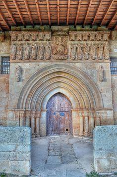 """Palencia, camino del más bello románico (VI). Pisón de Castrejón. """"La bella dama de la Peña Redonda""""   Dentro de mi mochila"""