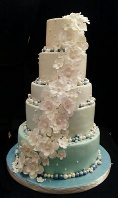 Simple wedding cake a