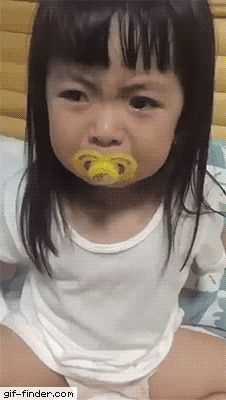 Clever baby - Find and Share funny animated gifs Very Funny, Funny Cute, The Funny, Beste Gif, Funny Jokes, Hilarious, Funny Pins, Just For Laughs, Cute Kids
