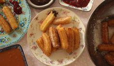 """צ'ורוס - """"סופגניות ארוכות"""", צילום: מיכל שמיר Churros, French Toast, Cooking, Breakfast, Food, Recipes, Cucina, Breakfast Cafe, Kochen"""