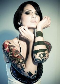 Lady Tattoos! Ink Art Style Colour Fashion Trends