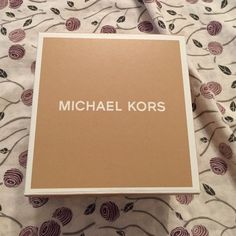 Box Micheal Kors watch box (empty) Michael Kors Jewelry