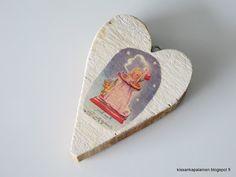 Kissankäpälä: Puusydän askartelu, wooden heart craft Wooden Hearts Crafts, Heart Crafts