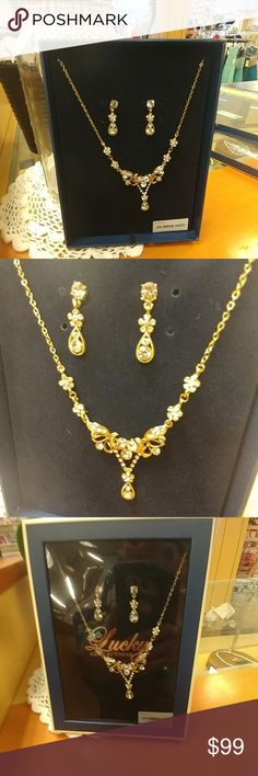 Gold rhinestone necklace and earring set Gold rhinestone necklace and earring set Jewelry Necklaces