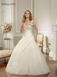 Increíbles vestidos de novias   Colección Ronald Joyce