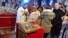 Уочи најрадоснијег хришћанског празника Рождества Христовог, преко две хиљаде благочестивих српских верника, са припадницима других право...