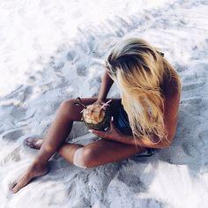 Image via We Heart It https://weheartit.com/entry/174784175 #beach #bikini #blond #clothes #girl #love