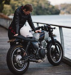 Foxy Tori @teaspoon24 and her custom Suzuki TU250x featured on the Throttle Roll…