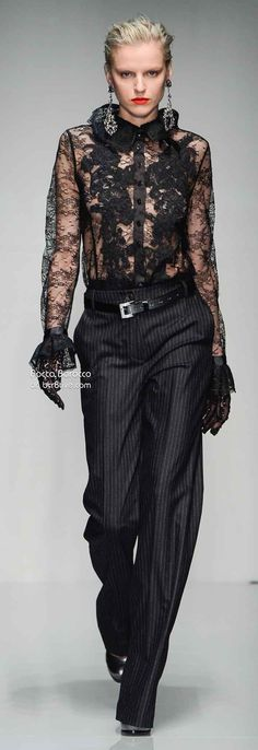 Roccobarocco Fall Winter Ready to Wear Milan Love Fashion, Runway Fashion, High Fashion, Womens Fashion, Fashion Black, Estilo Tomboy, Lace Outfit, Beautiful Outfits, Ready To Wear