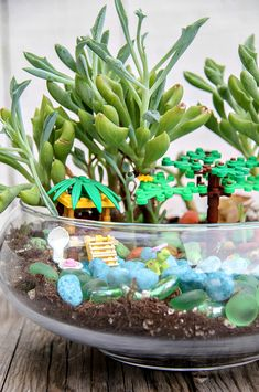 Easy DIY LEGO Terrariums For Kids - Make and Takes Toddler Learning Activities, Craft Activities For Kids, Activity Games, Crafts For Kids, Creative Kids, Creative Crafts, Easy Diy, Lego, Gross Motor