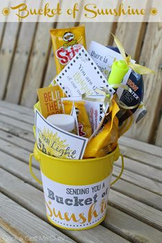 Cook and Craft Me Crazy: Bucket of Sunshine Secret Santa, Secret Pal, Secret Sister Gifts, Gifts For Coworkers, Gifts For Friends, Creative Gifts, Cool Gifts, Craft Gifts, Diy Gifts