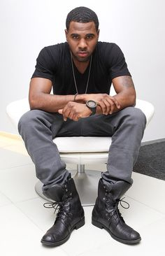 Jason Derulo... is it bad I gotta thing for him because he reminds me of someone else .... Lol