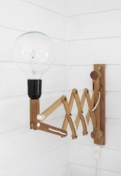 (Varpunen: Lampun (uusi) henki). I like the idea but would need a lamp shade for mu sensitive eyes