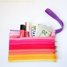 Scattered Thoughts of a Crafty Mom: Rainbow Zipper Pouch Tutorial