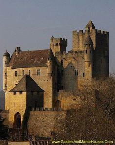 Château de Beynac, Castle in Beynac-et-Cazenac, France: