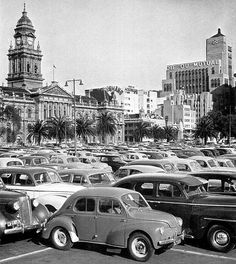 Parked on The Grand Parade Cars Parked on The Grand Parade 1960 Desert Life, Cape Town South Africa, Most Beautiful Cities, African History, Travel Pictures, Travel Pics, Countries Of The World, Car Parking, Historical Photos