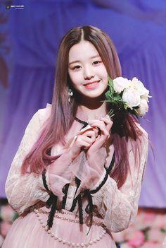 (Credits to the real owner/s) Kpop Girl Groups, Kpop Girls, Pink Dress, Flower Girl Dresses, Young The Giant, Korean Girl Photo, Japanese Girl Group, Korean Actresses, Korean Celebrities