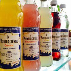 #caniculeoubliée #limonadesartisanales #paris10 #34ruedespetitesecuries #lareclameepiceriecafe Grenade, Rue, Drinks, Bottle, Instagram Posts, Small Horse Barns, Lemon, Drinking, Beverages