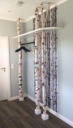 DIY DIY Small Apartment Decoration Tips & Ideas Living in a Small Apartment . Indian Home Decor, Diy Home Decor, Entryway Decor, Bedroom Decor, Entryway Ideas, Hallway Ideas, Bedroom Ideas, Wall Decor, Ideas Para Organizar