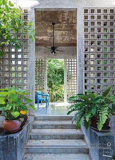 Natural Garden Design Taking cues from the evironment, Tadpole Studios design with simplicity in mind and achieve stunning results. Thai House, Exterior Design, Interior And Exterior, Wall Exterior, Breeze Block Wall, Architecture Design, Tropical Architecture, Wall Design, House Design