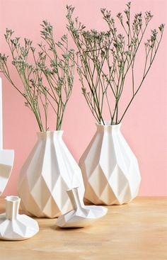 Fantastic Geometric vase, White ceramic vase, Origami inspired Rosh HaShanah Gift idea, Rosh-Hashana gift, flower vase, Modern home decor vase  The post  Geometric vase, White ceramic vase, Origami inspired Rosh HaShanah Gift idea, Ro…  appeared first on  Home Decor Designs 2018 .