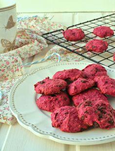 Nem acredito que é saudável!: Bolinhos de beterraba (sem açúcar, vegan) . Beetroot cookies (sugar free, vegan)