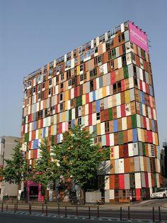 """1,000 Doors"" Building In South Korea Unusual Buildings, Amazing Buildings, Interesting Buildings, Modern Buildings, Art Et Architecture, Amazing Architecture, Creative Architecture, Chinese Architecture, Futuristic Architecture"