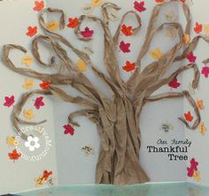 EXAMPLE OF THANKFUL TREE: Family Thankful Tree from OneCreativeMommy.com