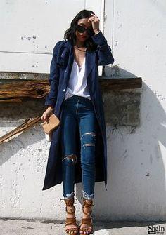 Immer wieder trendy - Street style in Blau! Kerstin Tomancok / Farb-, Typ-, Stil & Imageberatung