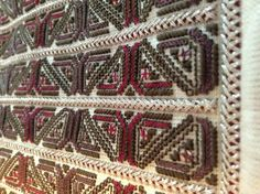 Crossstitch, Traditional Outfits, Bohemian Rug, Embroidery, Blanket, Rugs, Blouse, Crochet, Inspiration