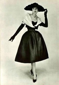Christian Dior, 1956 #EasyNip