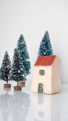 Ceramic and pottery Minature Village - Handmade clay houses, Cream houses perfect for your home decor, travel collection houses or make beautiful additions to potted plants, terrariums, aquariums, flower beds, window sills, curio shelves, mantels, printers drawers. Traditional