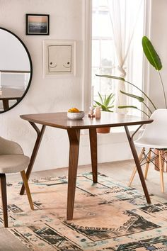Most Design Ideas 10 Narrow Dining Tables For A Small Dining Room Pictures, And Inspiration – Modern House Narrow Dining Tables, Small Kitchen Tables, Small Dining, Side Tables, Round Tables, Kitchen Chairs, Kitchen Dining, Kitchen Ideas, Dinning Table Design