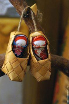 Народные куклы ручной работы. Ярмарка Мастеров - ручная работа Младенчики в лапоточках. Handmade.