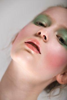 Beauty story - Emma and Melinda on Behance Makeup Art, Beauty Makeup, Best Makeup Products, Photoshoot, Behance, Face, Instagram, Check, Inspiration