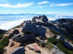 空木岳山頂。空木岳縦走|中央アルプス登山ルートガイド。Japan Alps mountain climbing route guide