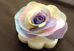 #COOKIE CONNECTION ALERT: A sampling of instructors' lessons at CookieCon by Kate Sullivan aka Econlady. Wafer paper flower by The Painted Box. #cookiecon2017 #cookieconnection