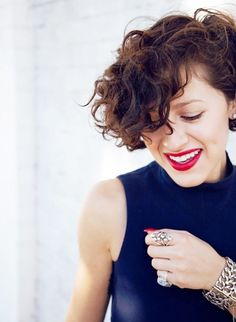 The Best Haircuts for Girls With Extremely Curly Hair via @ByrdieBeautyAU