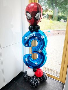 Large spiderman personalised birthday display Spiderman Balloon, Spiderman Theme Party, Superhero Balloons, Avengers Party Decorations, Spiderman Birthday Cake, Avengers Birthday, Diy Birthday Decorations, Superhero Birthday Party, Balloon Decorations